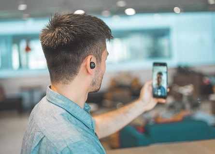"#Fase 2: la banca va in video Dedagroup Business Solutions presenta ""camOn"""